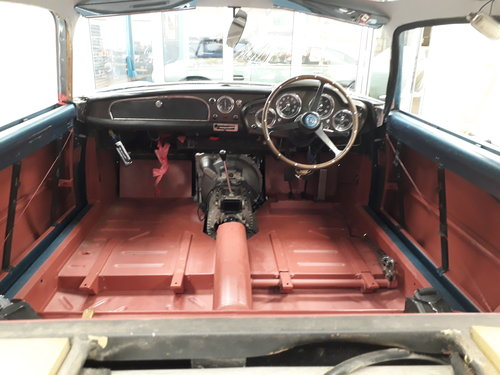 Aston Martin DB4 Series II 1960 For Sale (picture 5 of 6)
