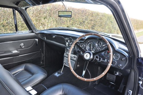 Fully Restored 1966 Aston Martin MK1 DB6 Original Vantage For Sale (picture 3 of 6)