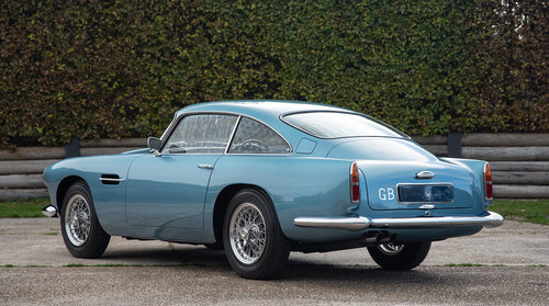 1959 Aston Martin DB4 Series 1 - One of 150 examples For Sale (picture 3 of 6)