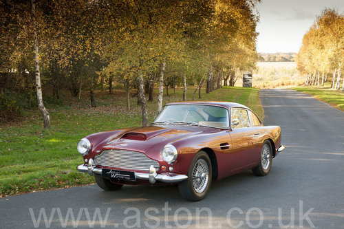 1960 Aston Martin DB4 Series II SOLD (picture 2 of 6)