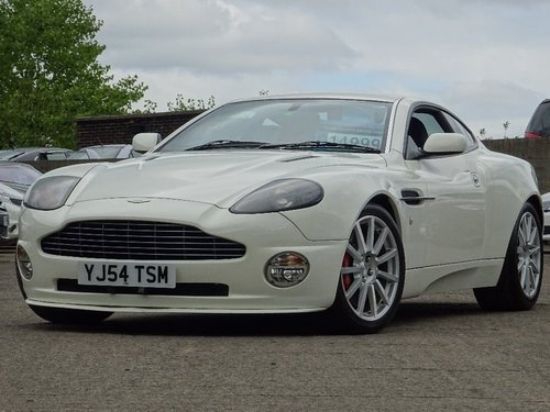 2005 Aston Martin Vanquish S 6.0 2dr AUTO/TIP RHD + LOW MILES For Sale (picture 1 of 6)