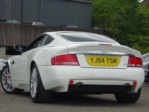 2005 Aston Martin Vanquish S 6.0 2dr AUTO/TIP RHD + LOW MILES For Sale (picture 4 of 6)
