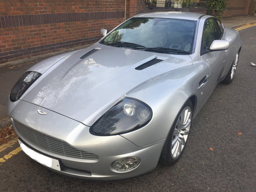 Aston Martin Vanquish 2004 - Just 13,000 Miles and with FSH For Sale (picture 3 of 6)