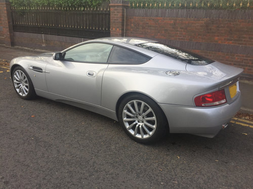 Aston Martin Vanquish 2004 - Just 13,000 Miles and with FSH For Sale (picture 4 of 6)