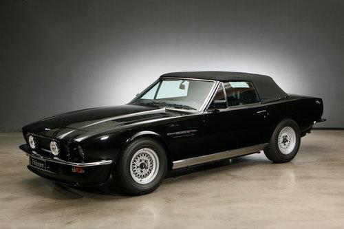1986 Aston Martin V8 Volante Convertible For Sale (picture 2 of 6)