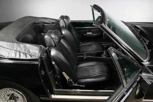 1986 Aston Martin V8 Volante Convertible For Sale (picture 5 of 6)