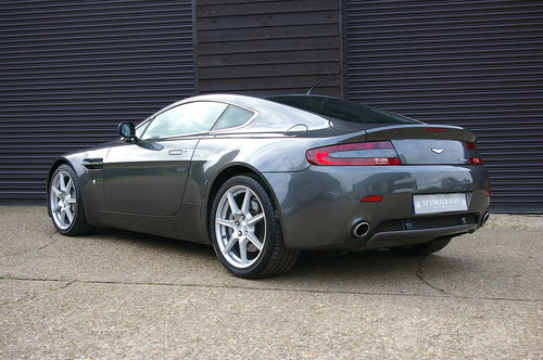 2006 Aston Martin Vantage 4.3 V8 Manual Coupe (19,000 miles) SOLD (picture 3 of 6)