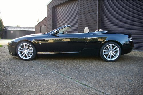 2005 Aston Martin DB9 Volante 5.9 V12 Convertible Auto SOLD (picture 2 of 6)