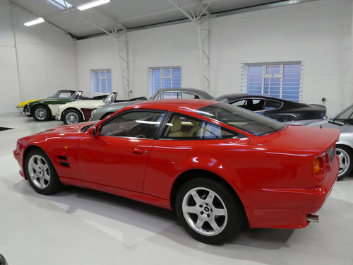 1997 Aston Martin Vantage 550 - Manual For Sale (picture 4 of 6)