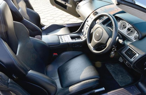 2005 REDUCED - BEAUTIFUL LOW MILEAGE RHD DB9 VOLANTE IN GERMANY SOLD (picture 6 of 6)