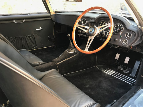 1960 Aston Martin DB4 Zagato Spec SOLD (picture 2 of 6)