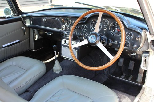 1966 Aston Martin Short Chassis Volante For Sale (picture 5 of 6)