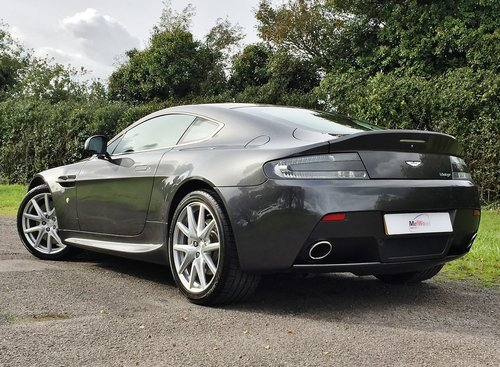 2013 Aston Martin Vantage 4.7 V8 Manual in Factory Showroom Cond. For Sale (picture 2 of 6)