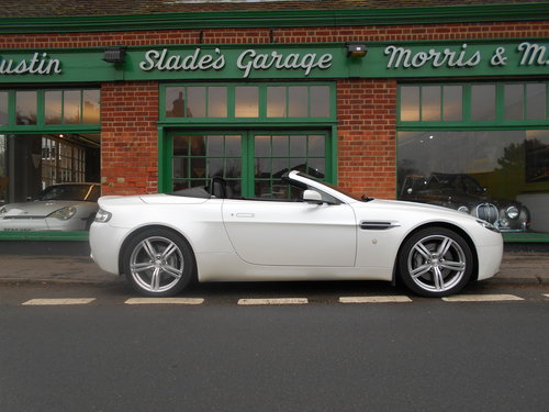 2009 Aston Martin Vantage Roadster Sportshift  SOLD (picture 1 of 6)