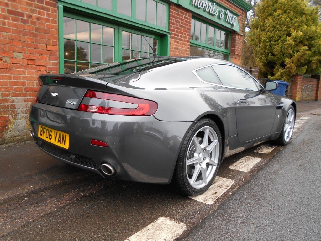 2006 Aston Martin V8 Vantage Coupe  SOLD (picture 3 of 4)
