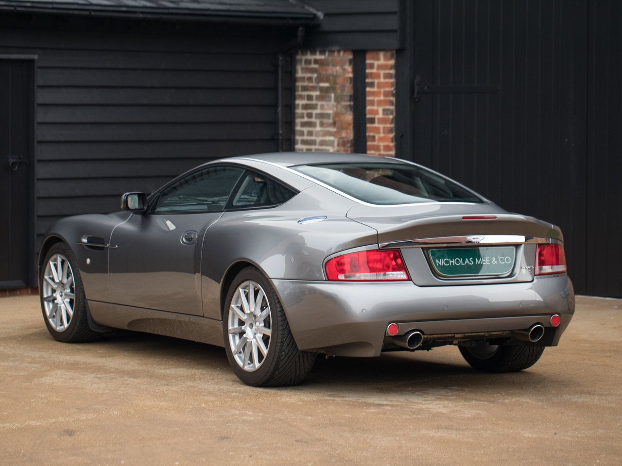 2005 Aston Martin Vanquish S For Sale (picture 3 of 6)