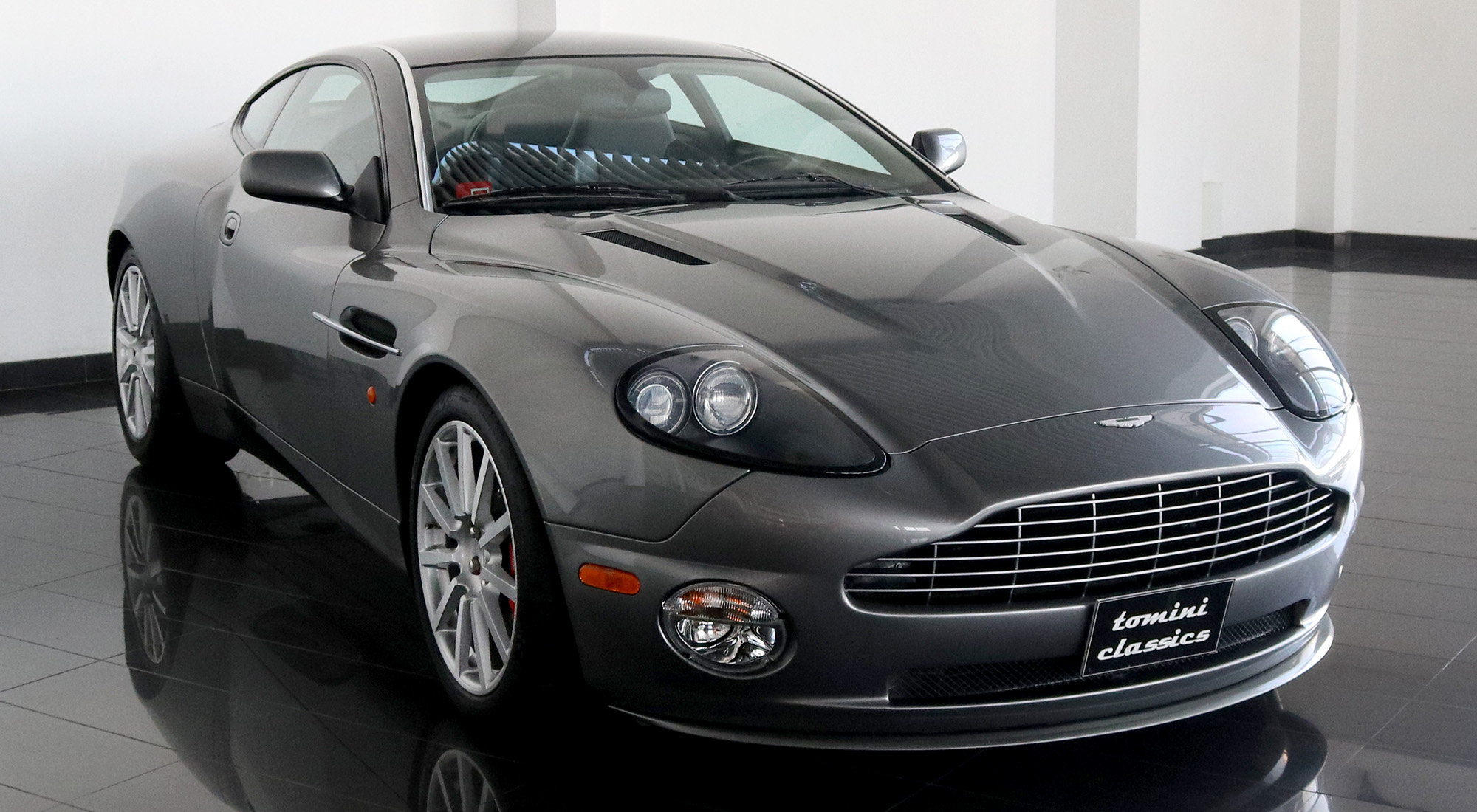Aston Martin Vanquish S (2005) For Sale (picture 1 of 6)