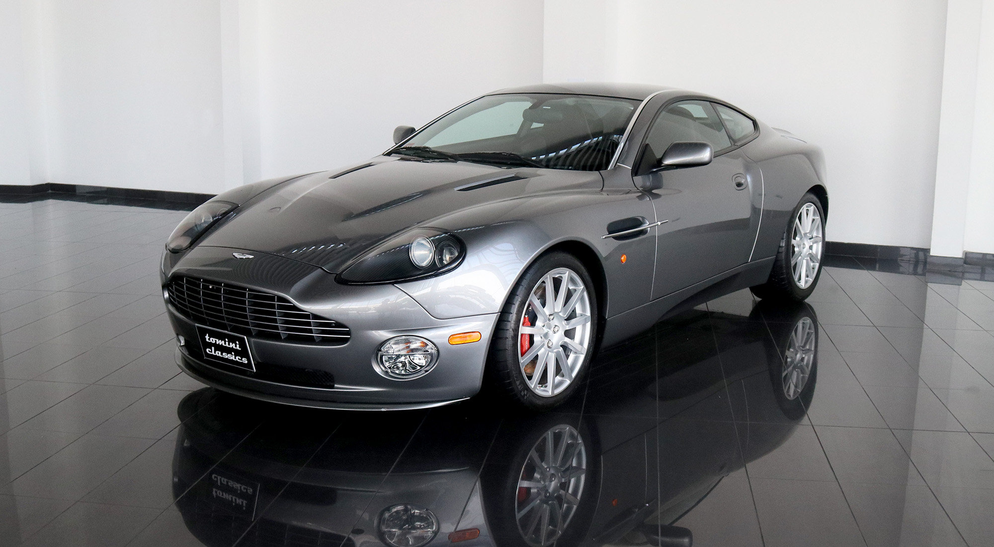Aston Martin Vanquish S (2005) For Sale (picture 2 of 6)