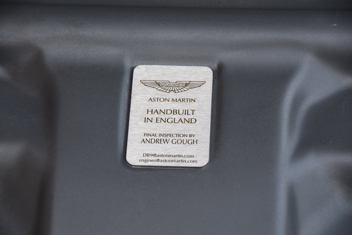 ASTON MARTIN DB9 MANUAL 2005 For Sale (picture 6 of 6)