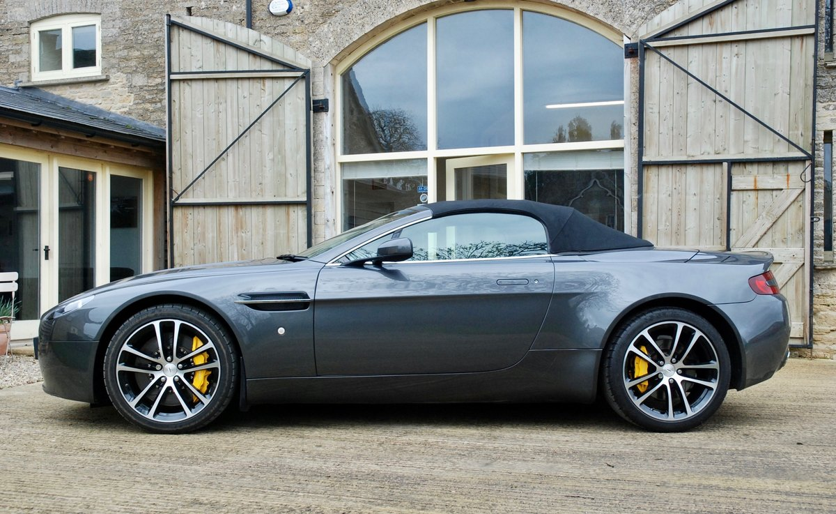 2007 Aston Martin Vantage V8 Roadster  For Sale (picture 2 of 6)