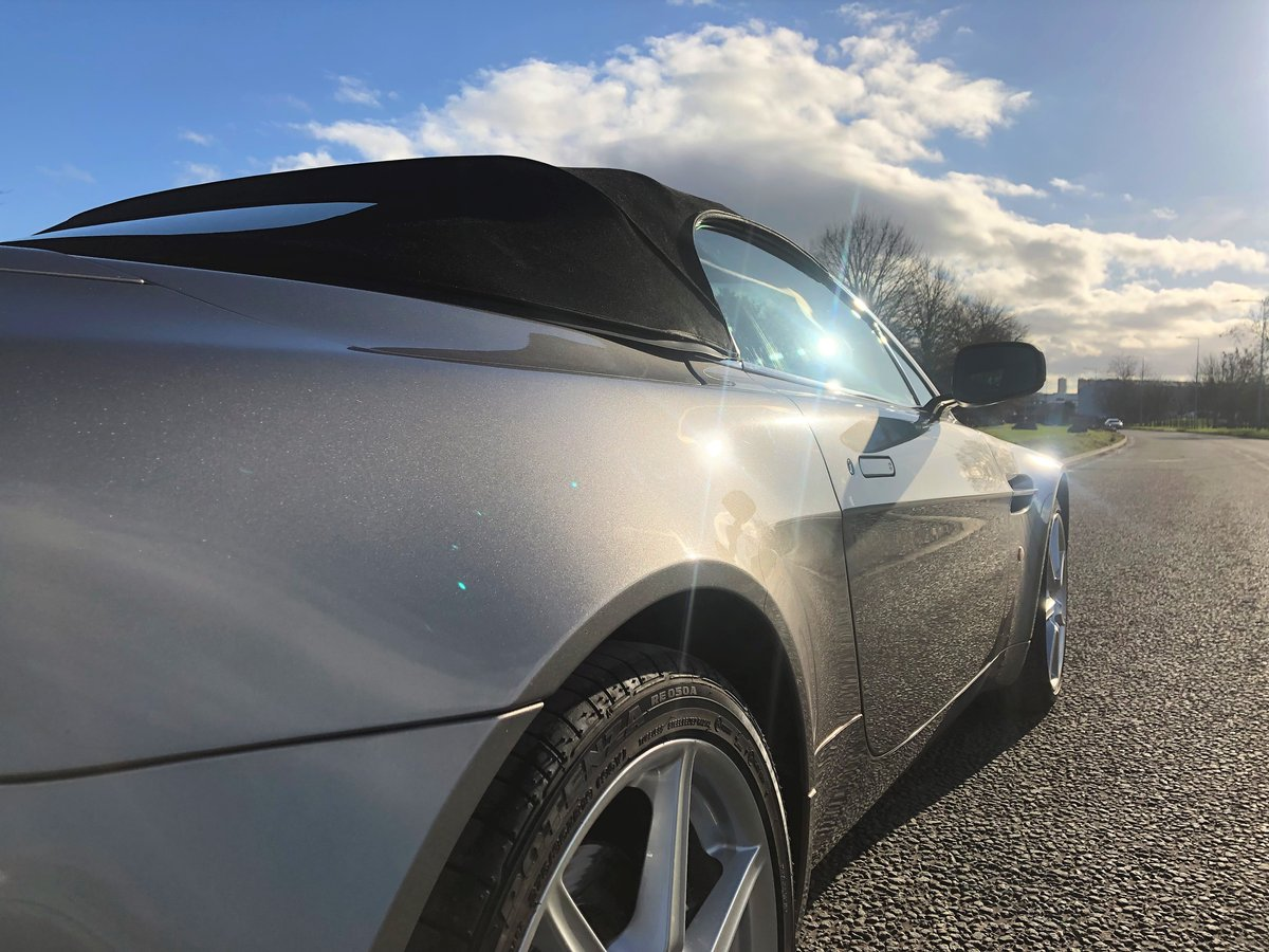 2007 Aston Martin V8 Vantage Convertible 4.2L SOLD (picture 2 of 6)