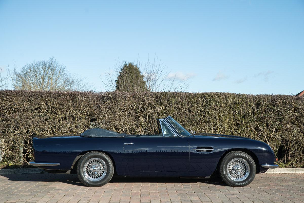 1968 Aston Martin DB6 Volante  For Sale (picture 4 of 6)