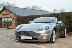 2001 Aston Martin V12 Vanquish 2+2 For Sale