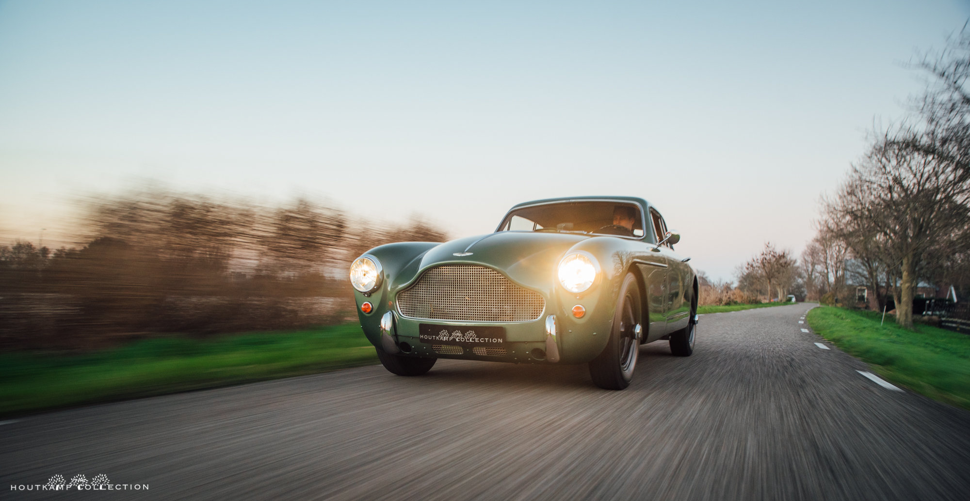 1958 ASTON MARTIN DB 2/4 MKIII For Sale (picture 2 of 6)