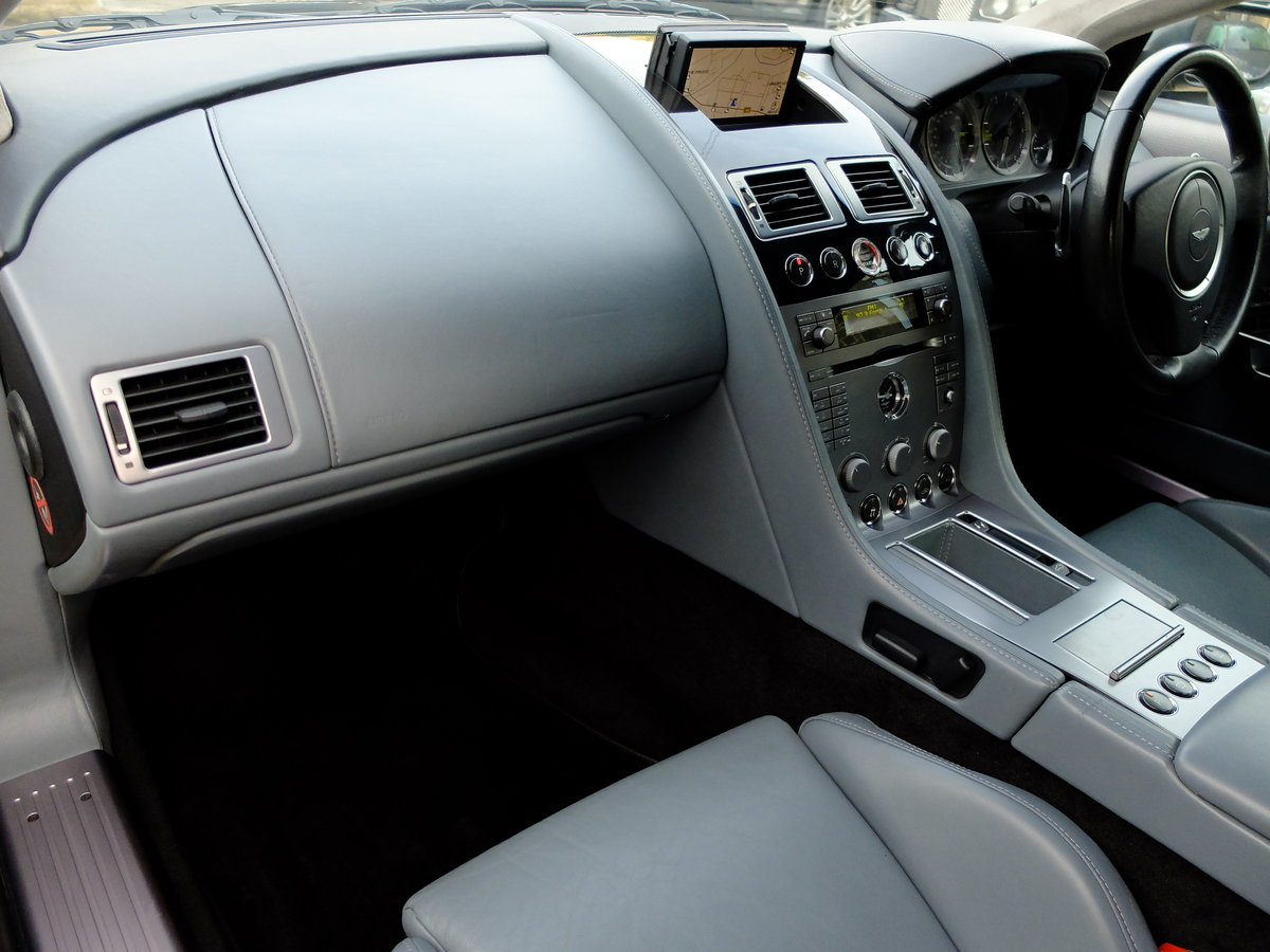 2005 ASTON DB9 COUPE - IMPECCABLE SERVICE HISTORY ! For Sale (picture 3 of 6)