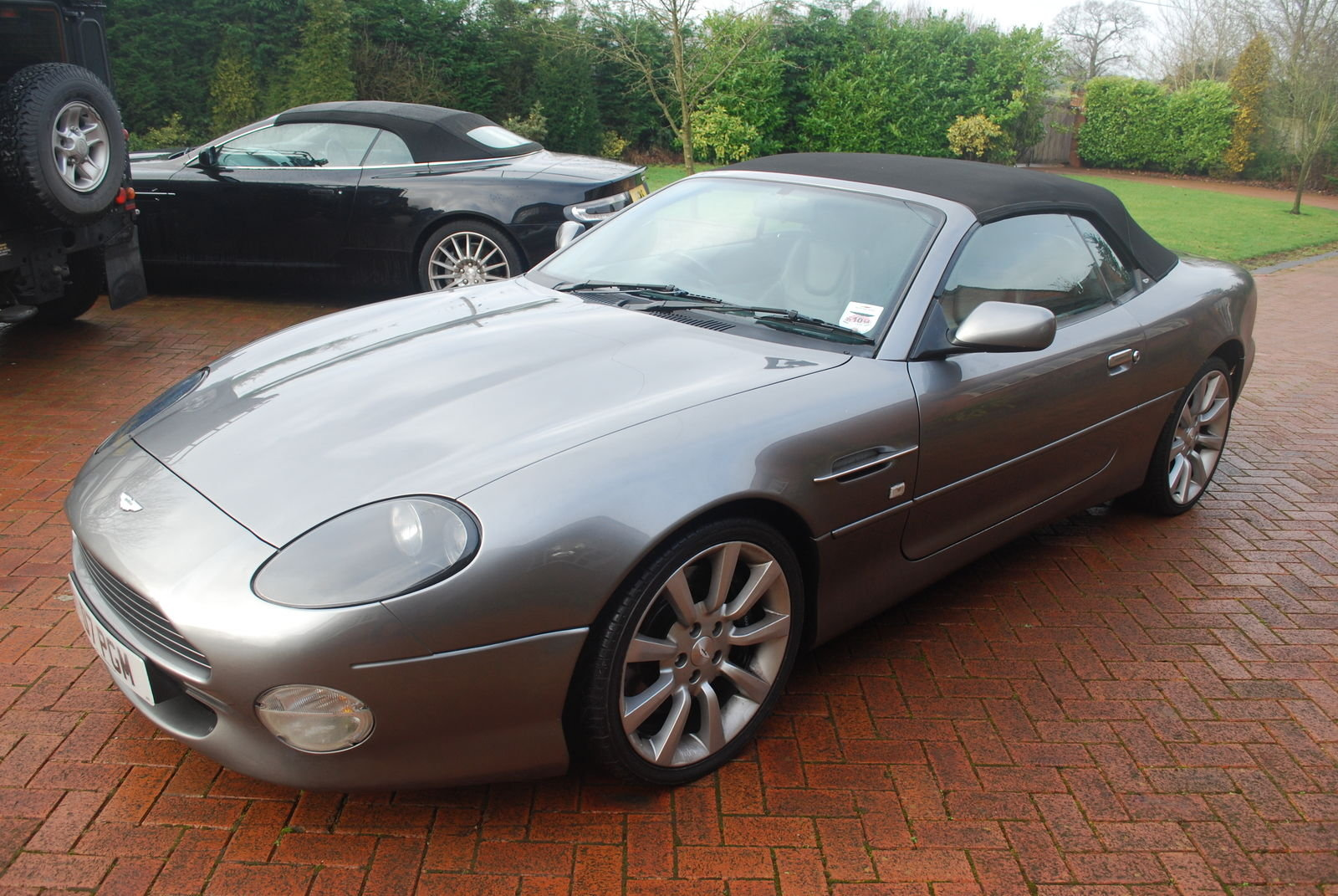 2003 Aston Martin Volante V2 Auto 17k - Simply Stunning For Sale (picture 2 of 5)