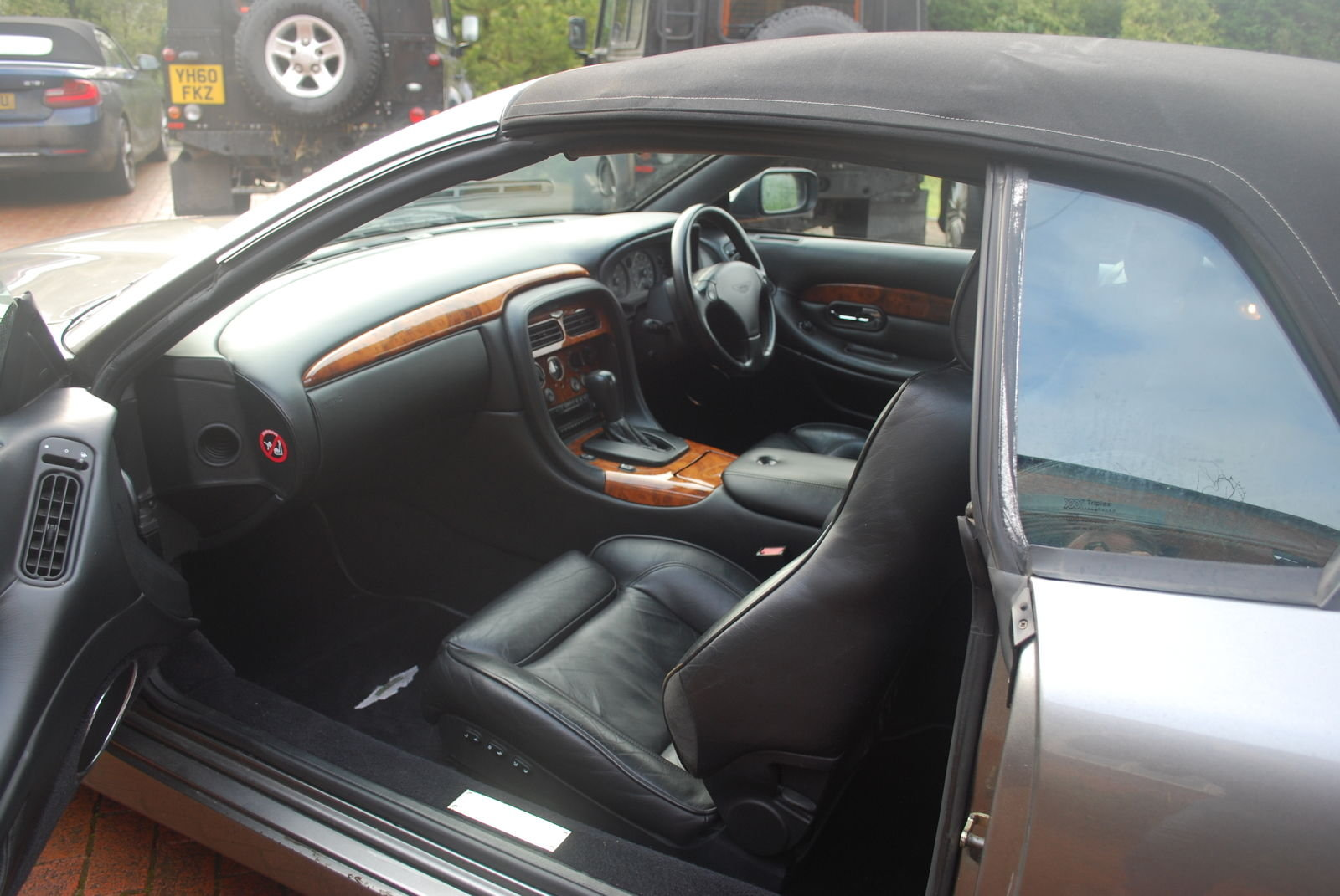 2003 Aston Martin Volante V2 Auto 17k - Simply Stunning For Sale (picture 5 of 5)