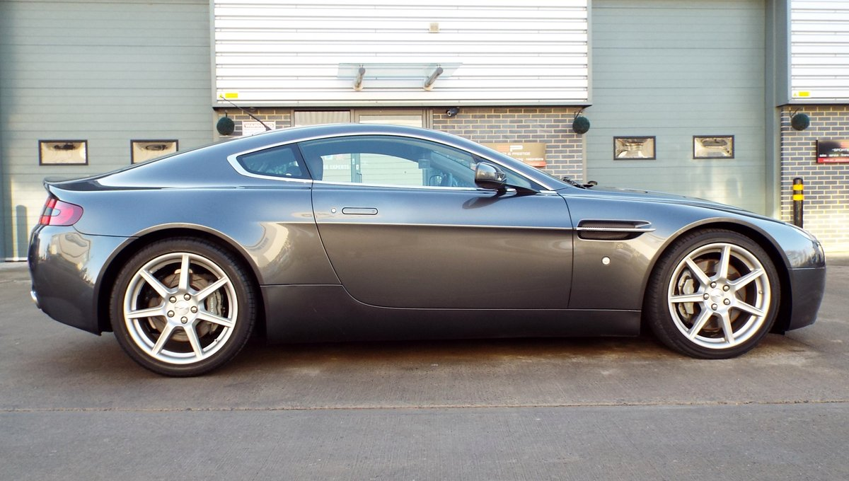 2006 Aston Martin Vantage 4.3 V8 Manual Coupe Low Miles! For Sale (picture 4 of 6)