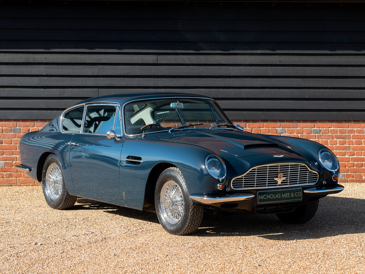 1966 Aston Martin DB6 For Sale (picture 1 of 6)