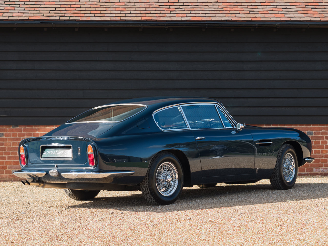 1966 Aston Martin DB6 For Sale (picture 3 of 6)