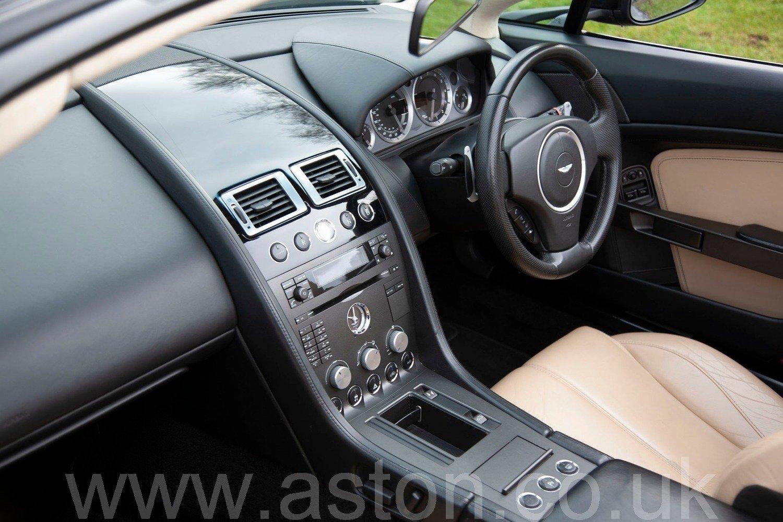 2007 Aston Martin V8 Vantage Roadster Sportshift SOLD (picture 3 of 6)