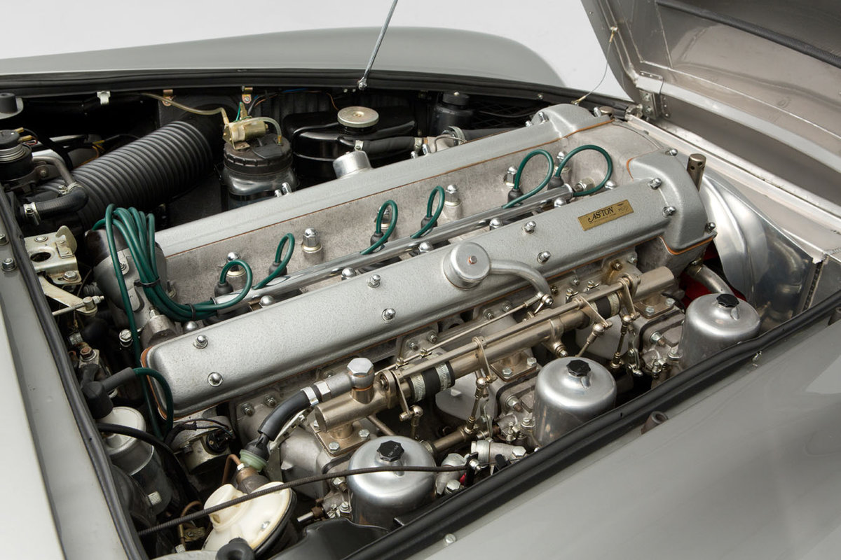 1963 Aston Martin DB4 Series 5 For Sale (picture 4 of 6)