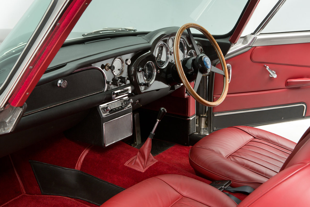 1963 Aston Martin DB4 Series 5 For Sale (picture 6 of 6)
