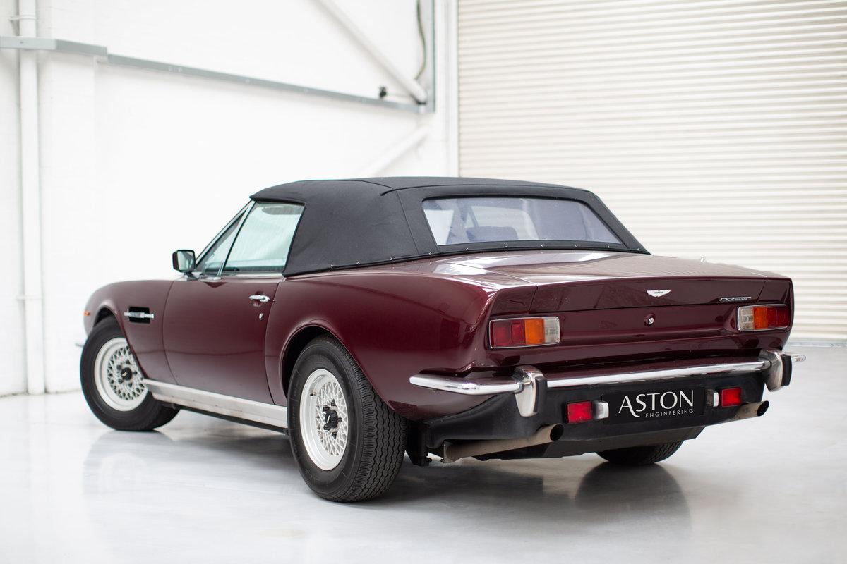 1986 Aston Martin V8 Volante EFI SOLD (picture 3 of 6)