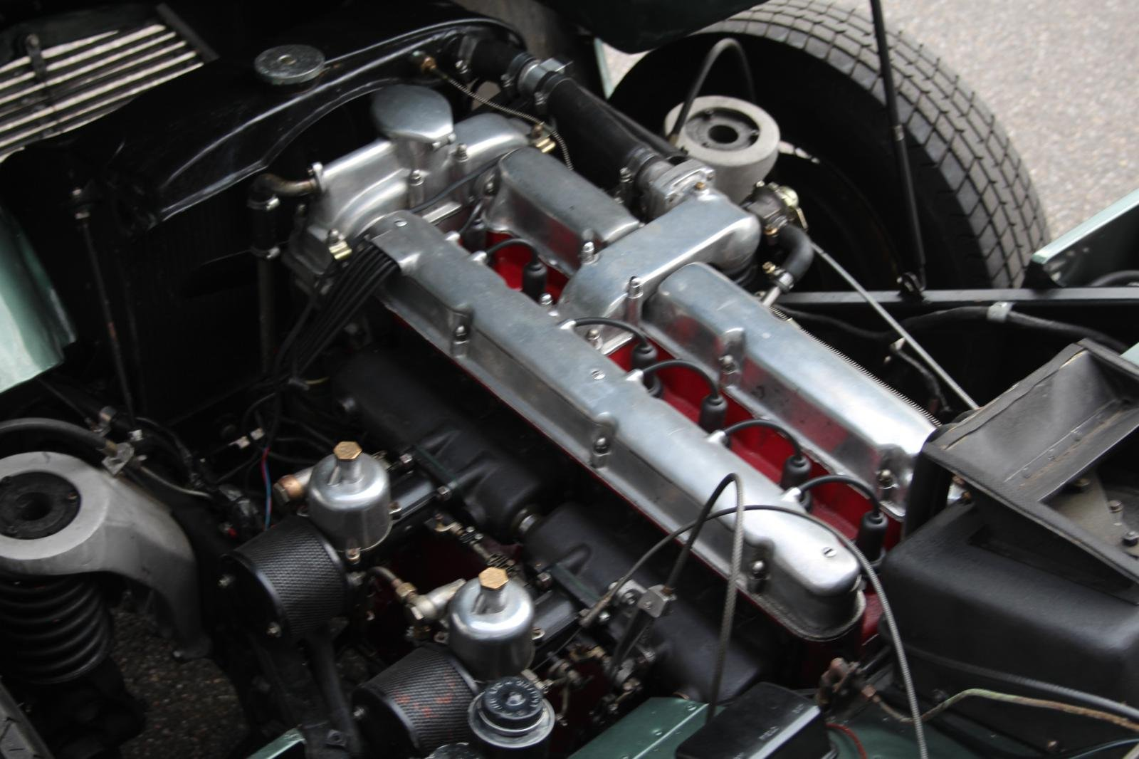1953 Aston Martin DB2 DHC Vantage LHD For Sale (picture 4 of 6)