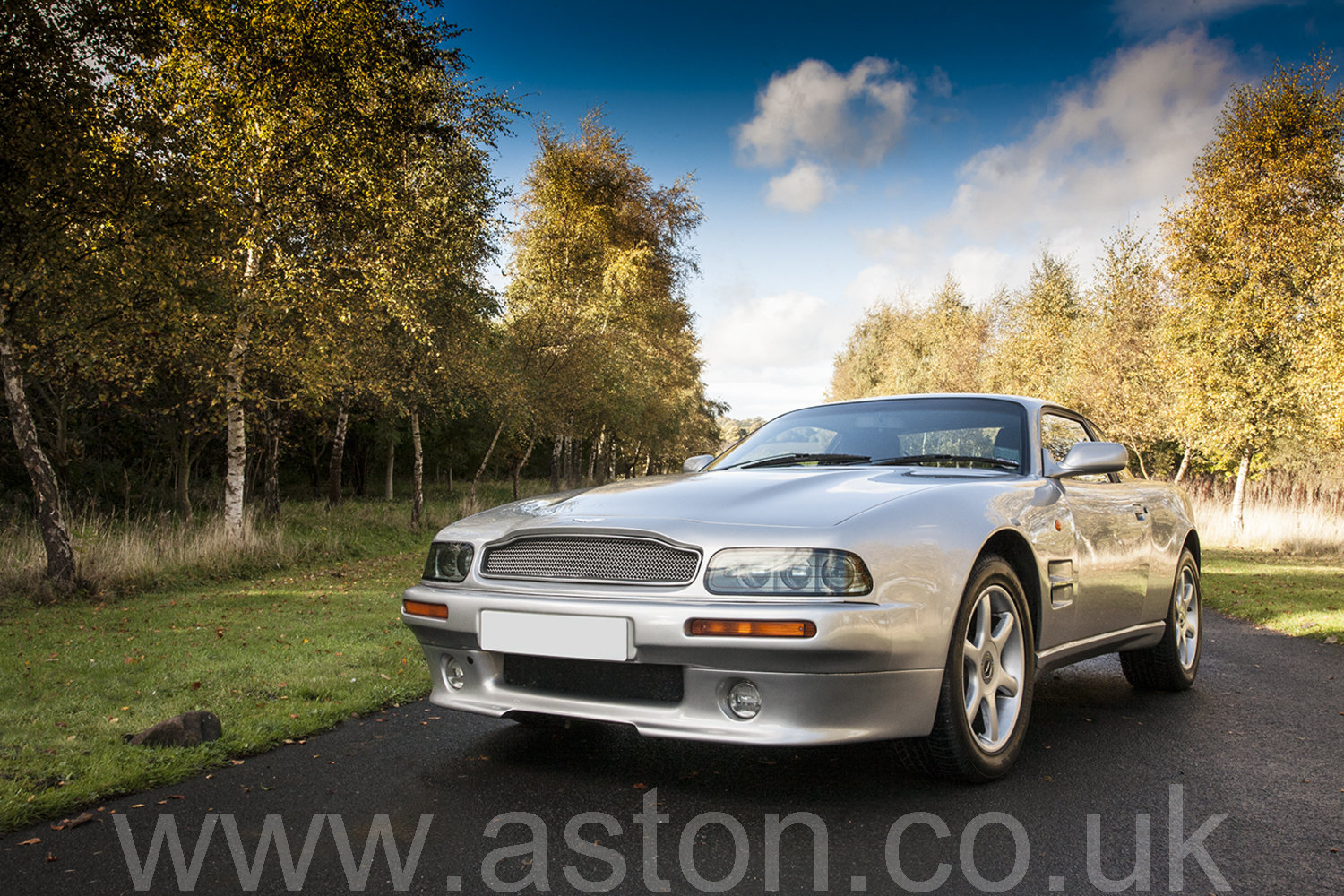 1997 Aston Martin V8 Coupe For Sale (picture 2 of 6)