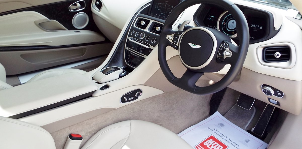 2017 Aston Martin DB11 5.2 V12 Launch Edition - Arden Green For Sale (picture 3 of 6)
