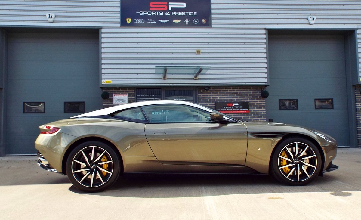 2017 Aston Martin DB11 5.2 V12 Launch Edition - Arden Green For Sale (picture 4 of 6)