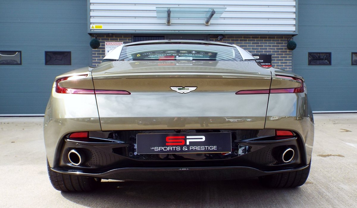 2017 Aston Martin DB11 5.2 V12 Launch Edition - Arden Green For Sale (picture 6 of 6)