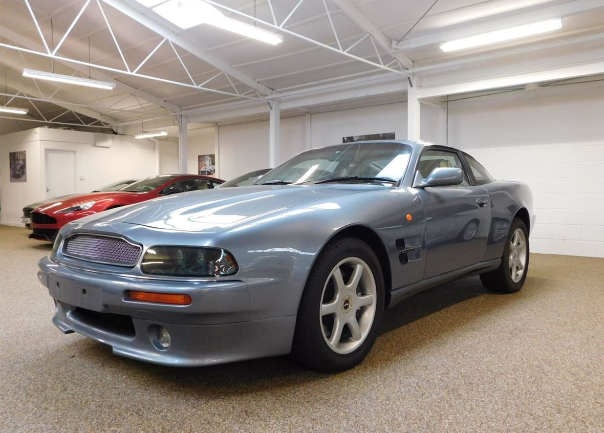 1999 ASTON MARTIN V8 COUPE ** ONE OWNER AND ONLY 14,200 MILES ** For Sale (picture 1 of 6)