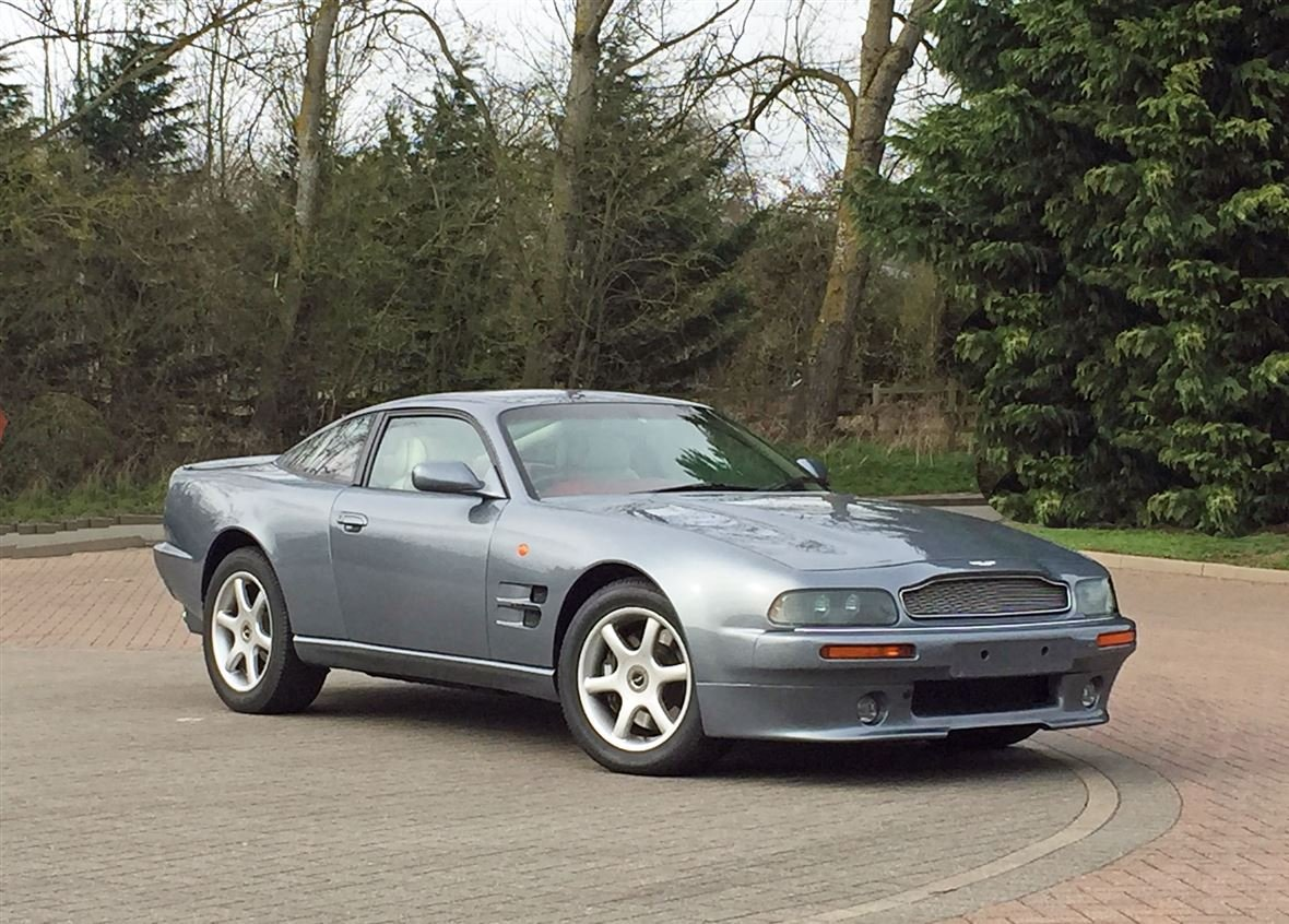 1999 ASTON MARTIN V8 COUPE ** ONE OWNER AND ONLY 14,200 MILES ** For Sale (picture 4 of 6)