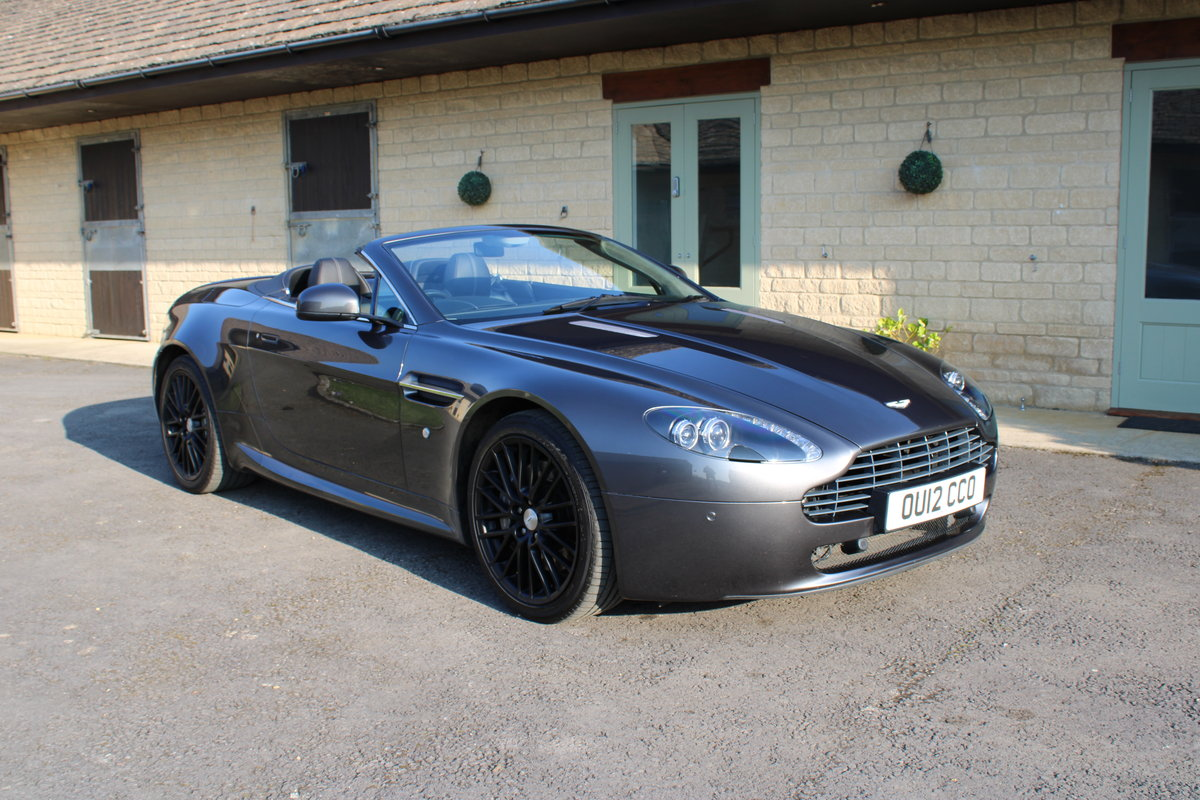 2012 ASTON MARTIN VANTAGE  - 26,000 MILES - £48,950 For Sale (picture 1 of 12)