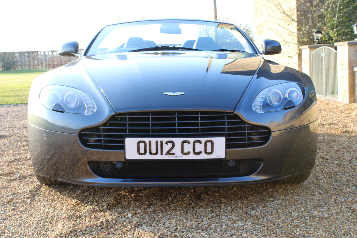 2012 ASTON MARTIN VANTAGE  - 26,000 MILES - £48,950 For Sale (picture 2 of 12)