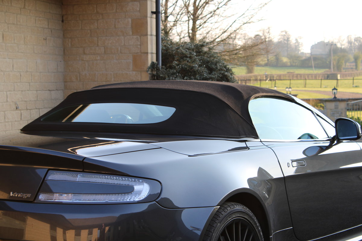 2012 ASTON MARTIN VANTAGE  - 26,000 MILES - £48,950 For Sale (picture 3 of 12)
