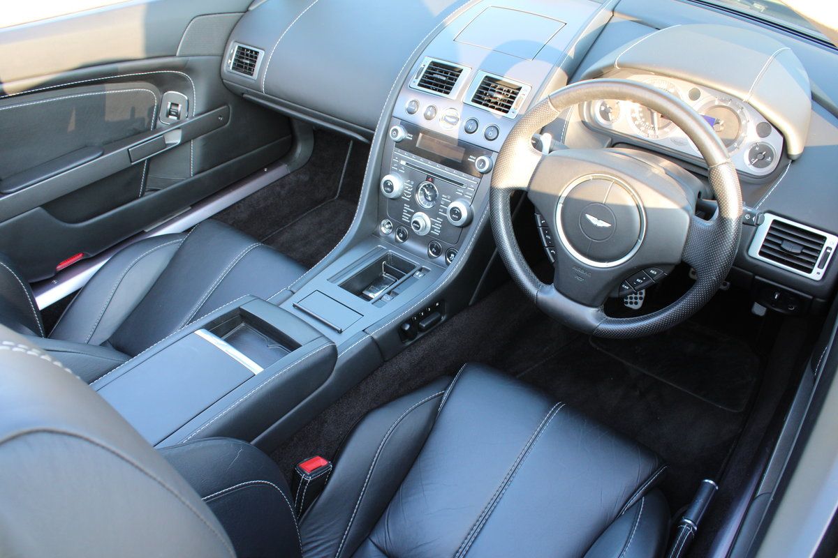 2012 ASTON MARTIN VANTAGE  - 26,000 MILES - £48,950 For Sale (picture 5 of 12)
