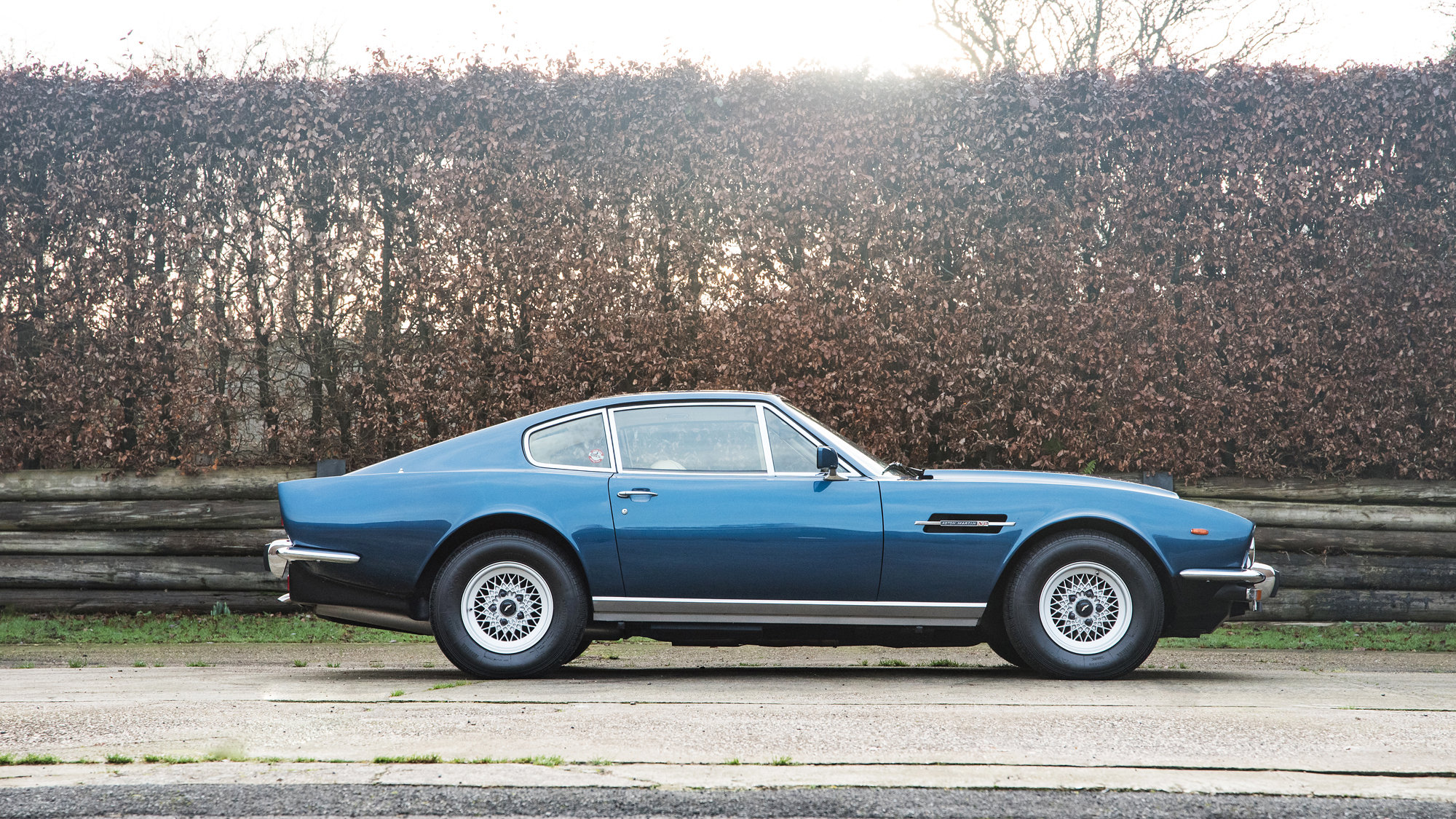 1984 Aston Martin V8 Coupe Series 4 - 10,500 Miles  For Sale (picture 2 of 6)